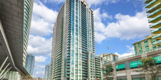 2807-19 Grand Trunk Cres. – Toronto, ON